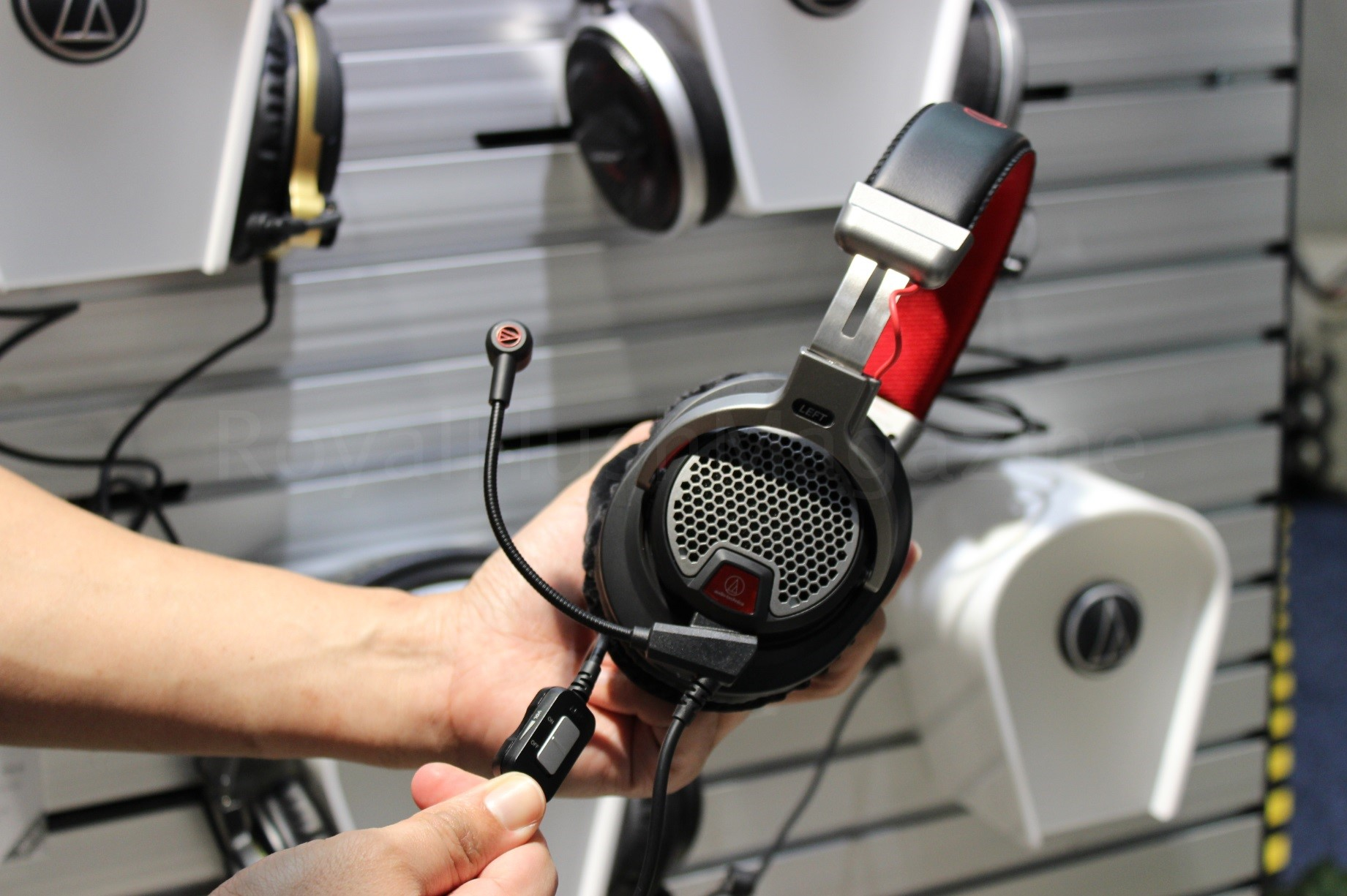 audio_technica_ces_09_marked